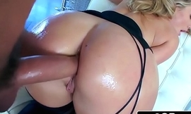 Aj Applegate And Say no to Uncompromised Booty
