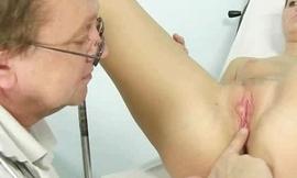 gyno pussy speculum exam docto closeups vagina cervix humiliation abnormal clinic b