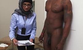 Mia Khalifa be passed on Arab Pornstar Measures White Cock VS Black Cock (mk13768)