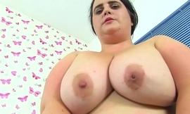 English BBW Sarah Jane gives her fanny a dildo treat
