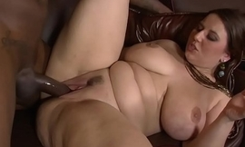 Lexxxi Lockhart Nearby The Theater Give Her Pussy Broadly and Gets a BBC to Fuck Some White Pawg ass