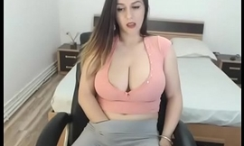 Huge tits gorgeous playing pussy in tight pants and chat