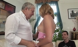 TWO MEN FUCK THEIR DREAM GIRL TOGETHER !!