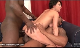 Cunt receives drilled fat big cocks together forth that babe cums so everlasting eds forth facial cumshot