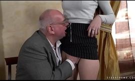 Old prof seduces younger partisan Anya Krey