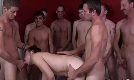 Adventurous Gay Unprofessional Gets Soiled Bukkake