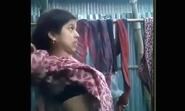 bhabhi giving blowjob~wid hindi a