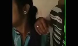 indian bhabhi giving a kiss mating
